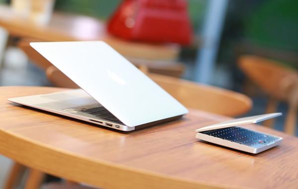 機能性と美しさを兼ね備えた小型PC「GPD Pocket」が出資受付開始!5000台限定で$399で購入可能